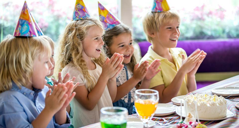 5 Kids Party Lolly Bag Ideas That Don't Contain Lollies