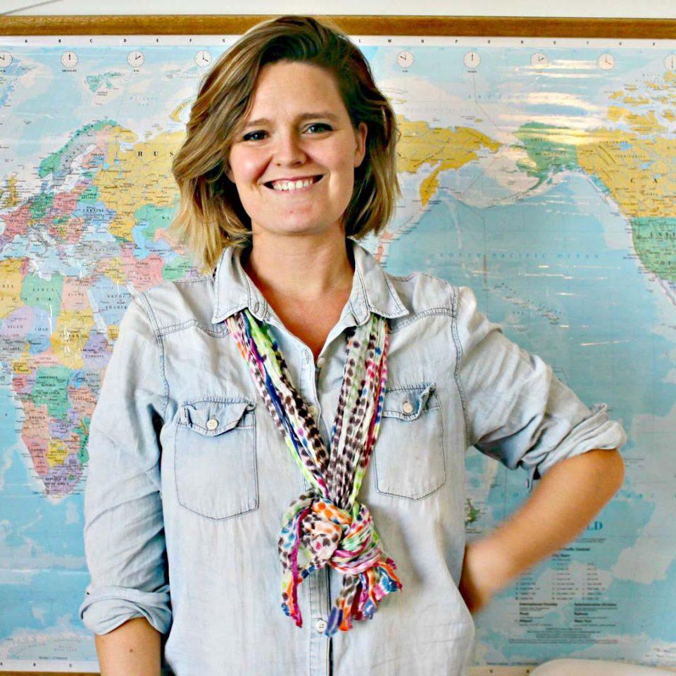 Amanda Dos Santos - Author