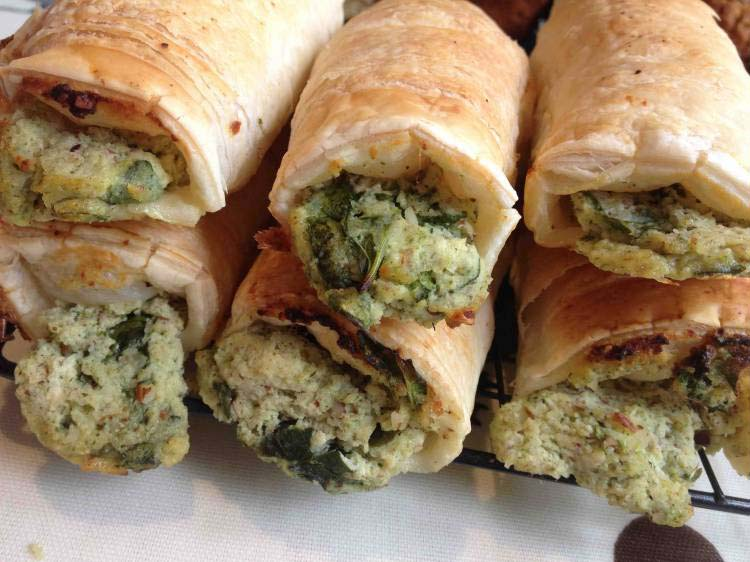 Pesto, Spinach and Ricotta Rolls