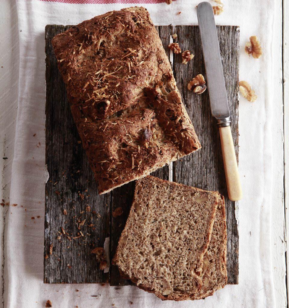 Walnut-Zucchini-Loaf