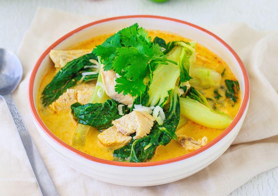 Healthy chicken laksa using under 5 ingredients