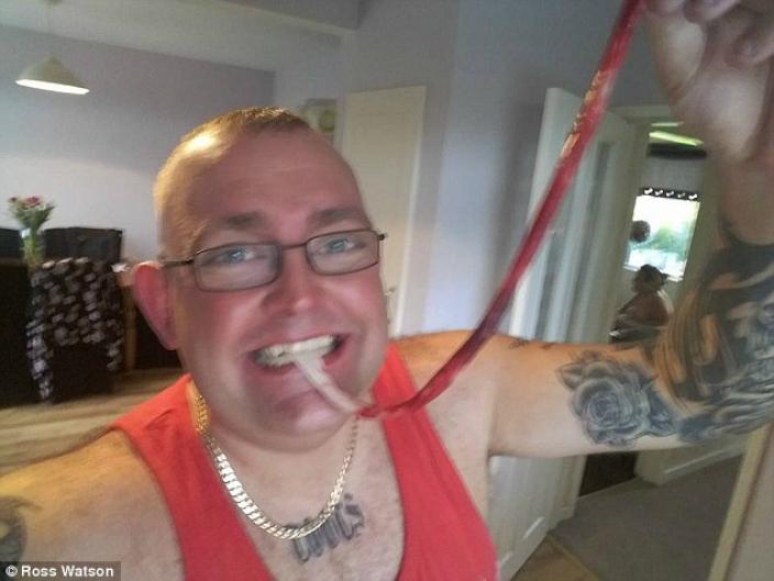 Man eats wife's placenta