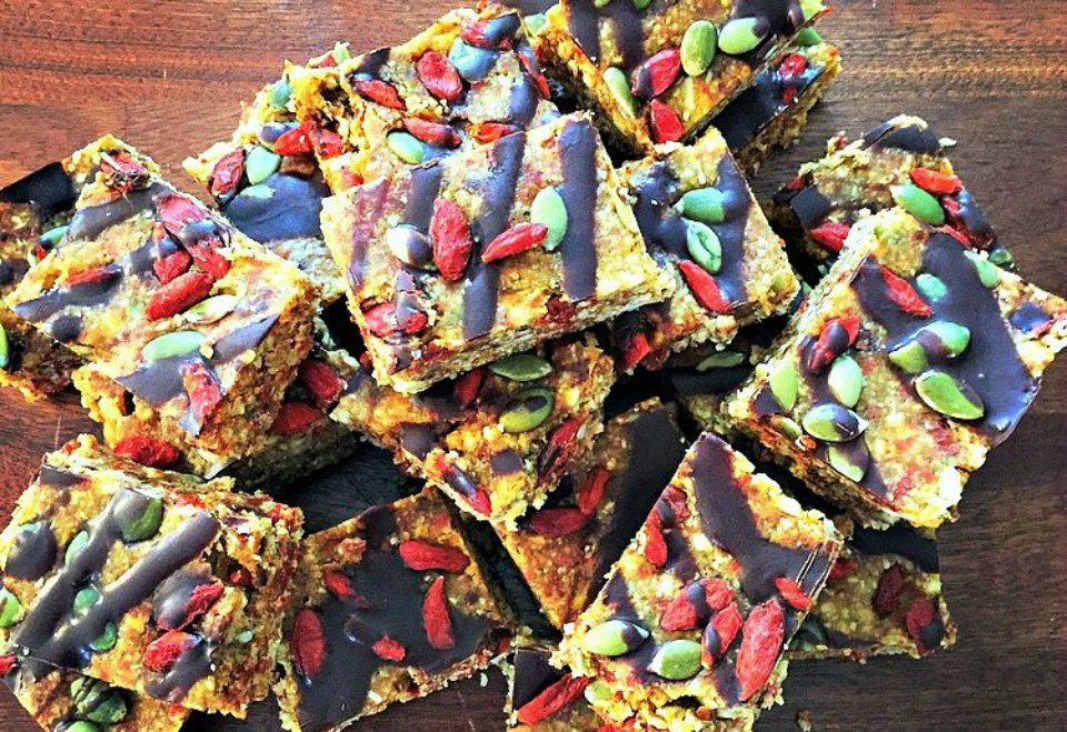 Goji Berry Nut Bars