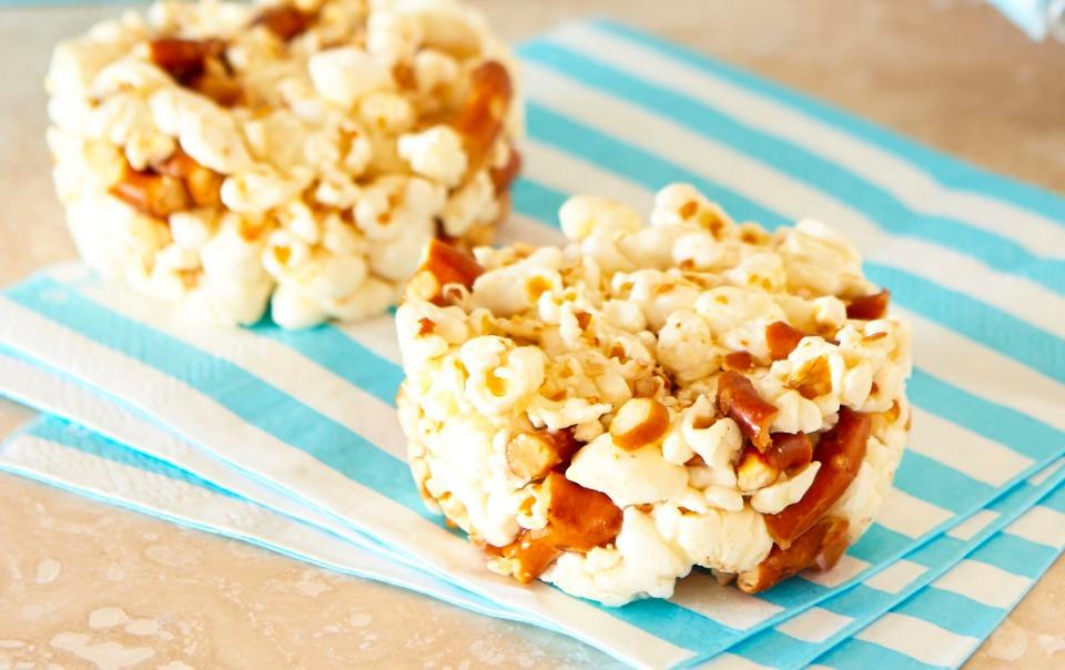 Video Recipe: Kid Friendly Salted Honey Popcorn