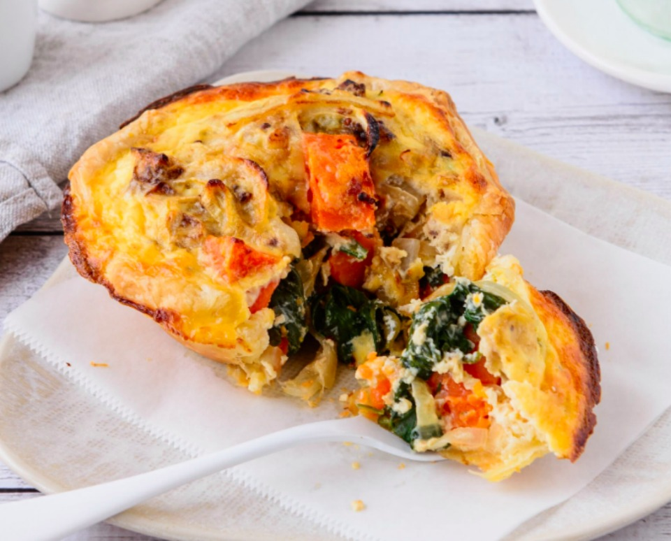Easy Cheesy Quiche Cups