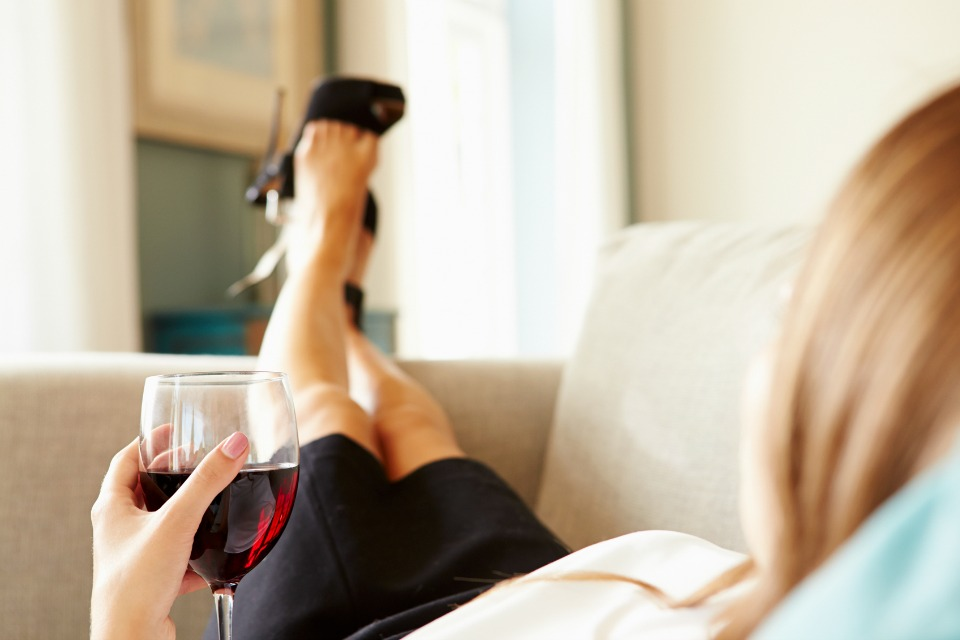 How Drinking Alcohol Affects Your Weight Loss 1
