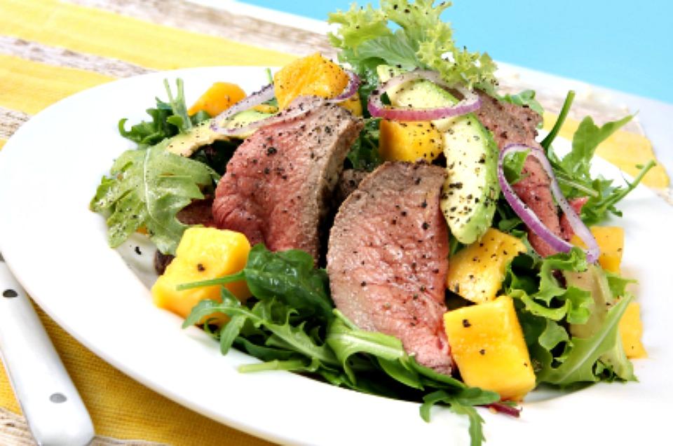 Thai-Beef-And-Mango-Salad
