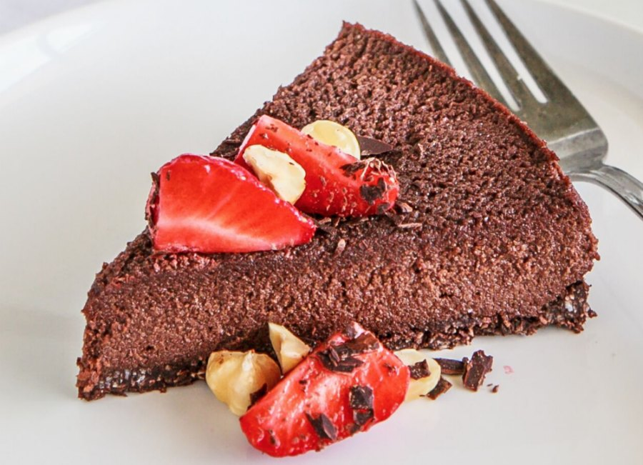 Healthy Chocolate Hazelnut Mousse Cake