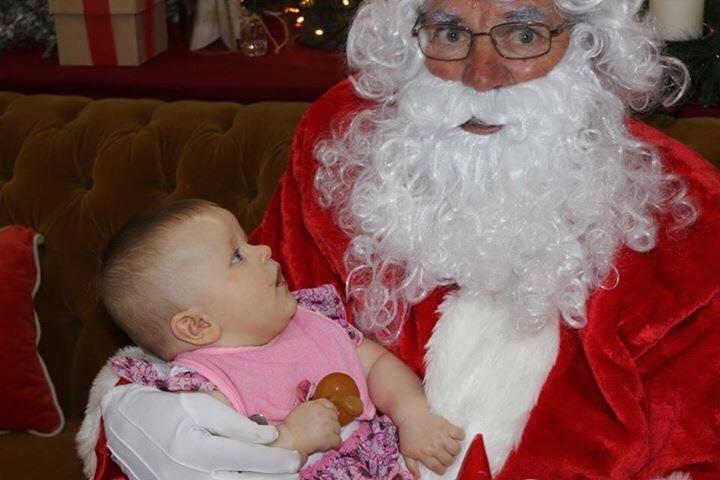 Jody-Sullivan-daughter-with-Santa