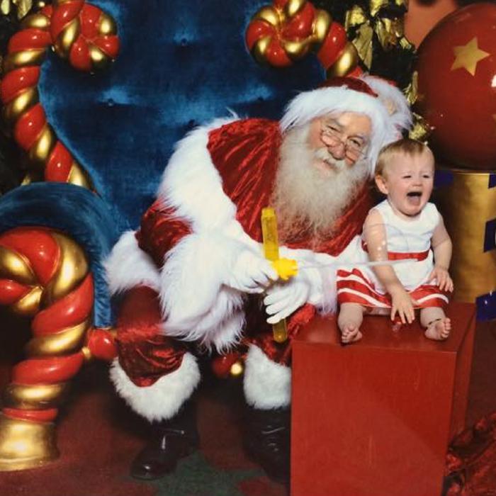 Tara-Richer-kids-not-happy-with-Santa-photo