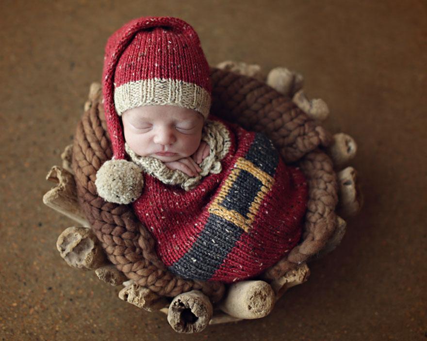 christmas newborn 11
