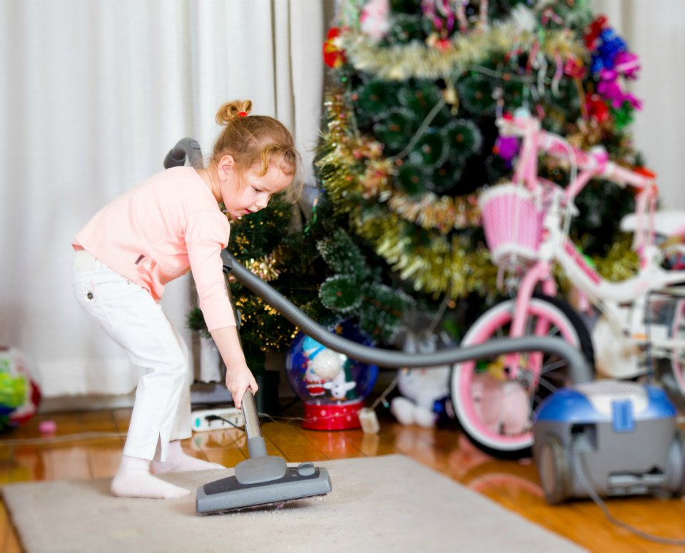 cleaning house for christmas