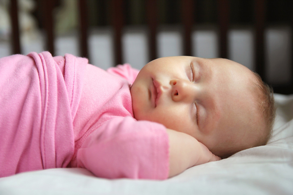 newborn sleep safe