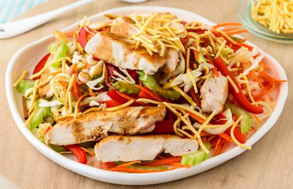 vietnamese-crunchy-chicken-salad
