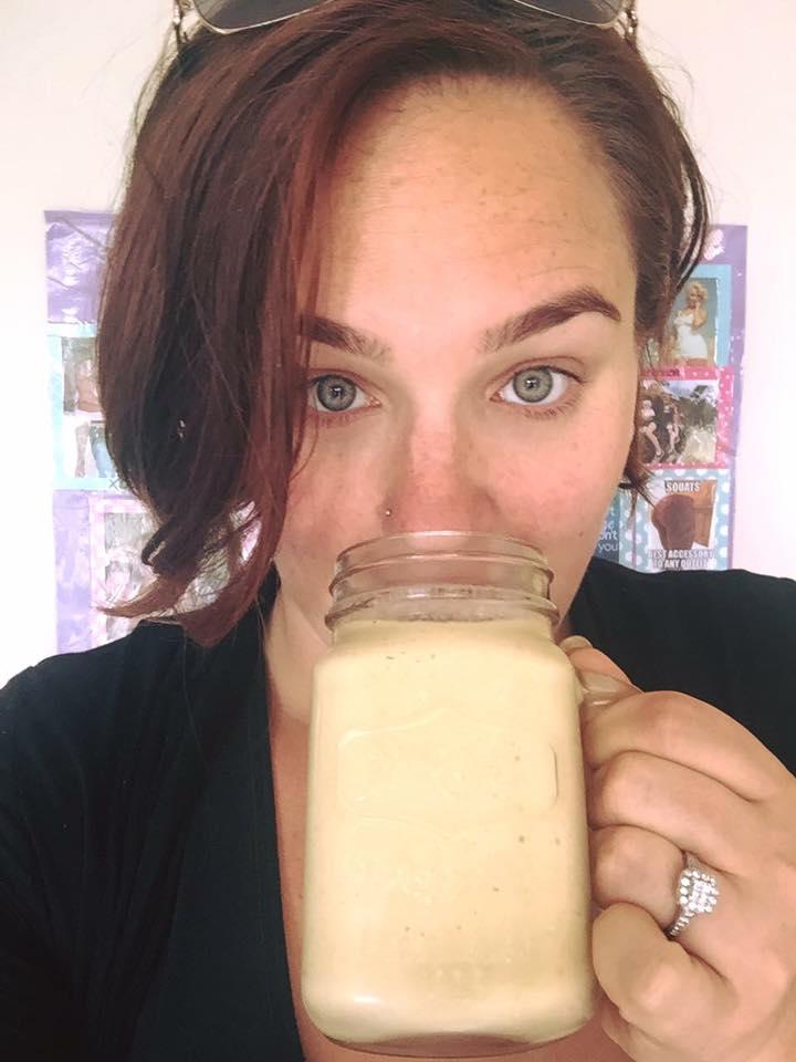 Chloe-Rizzi-enjoying-Healthy-Mummy-smoothie