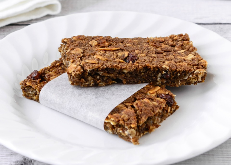 Choc Almond Breakfast Bars