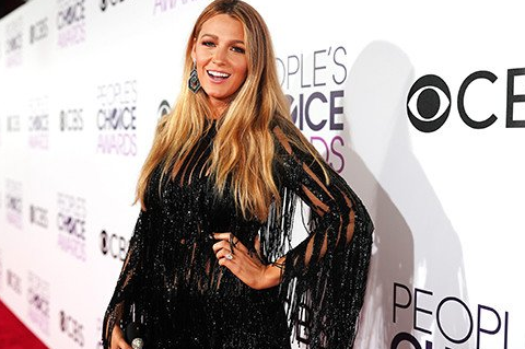 Blake Lively Thanks Her Mum During Acceptance Speech At The People's Choice Awards