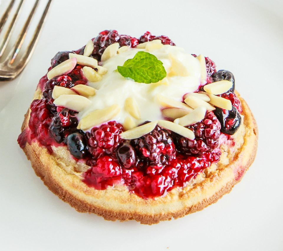 Wholemeal Crumpet With Berry Compote