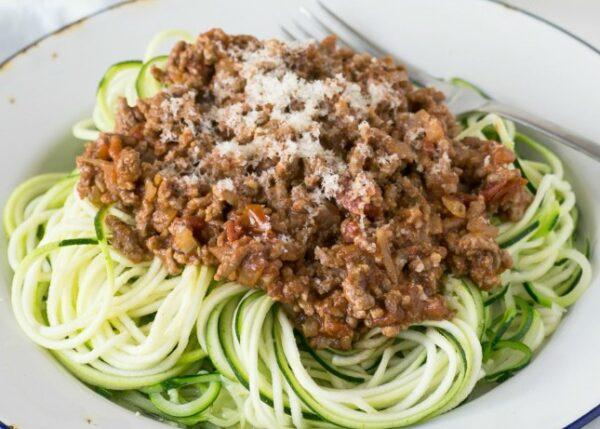 Zucchini-Noodle-Bolognaise