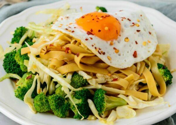 Sunny-Side-Noodles
