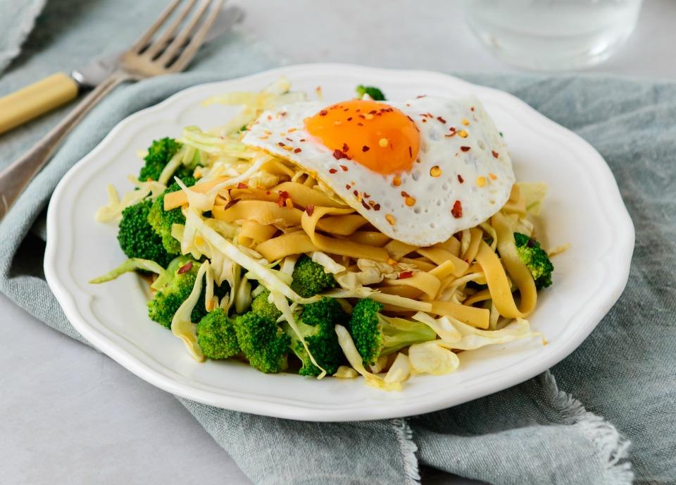 15 Minute Sunny Side Noodles