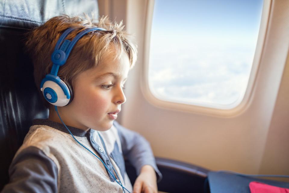 travel child plane