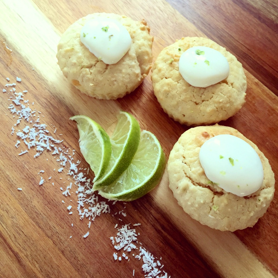 Lime, Coconut & Sour Cream Cupcakes
