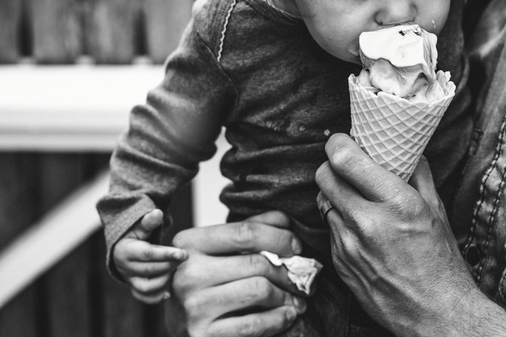 Should We Be Bribing Fussy Kids With Dessert Every Night?