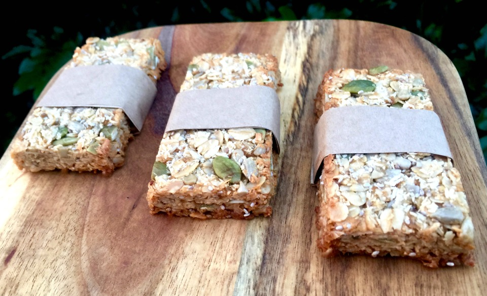 Nut free muesli bars for a healthy lunch box