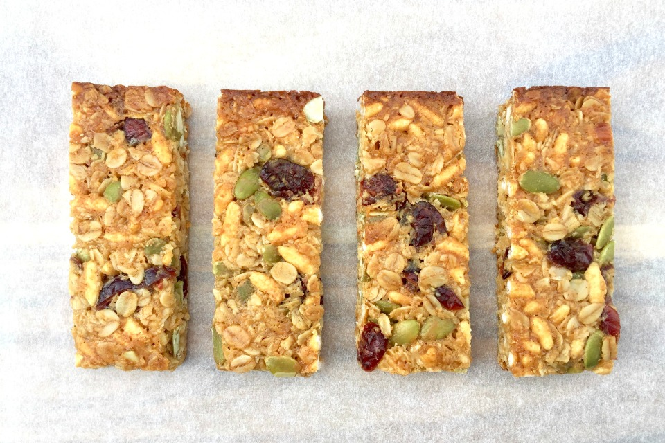 Cranberry, Coconut and Puffed Rice Muesli Bars