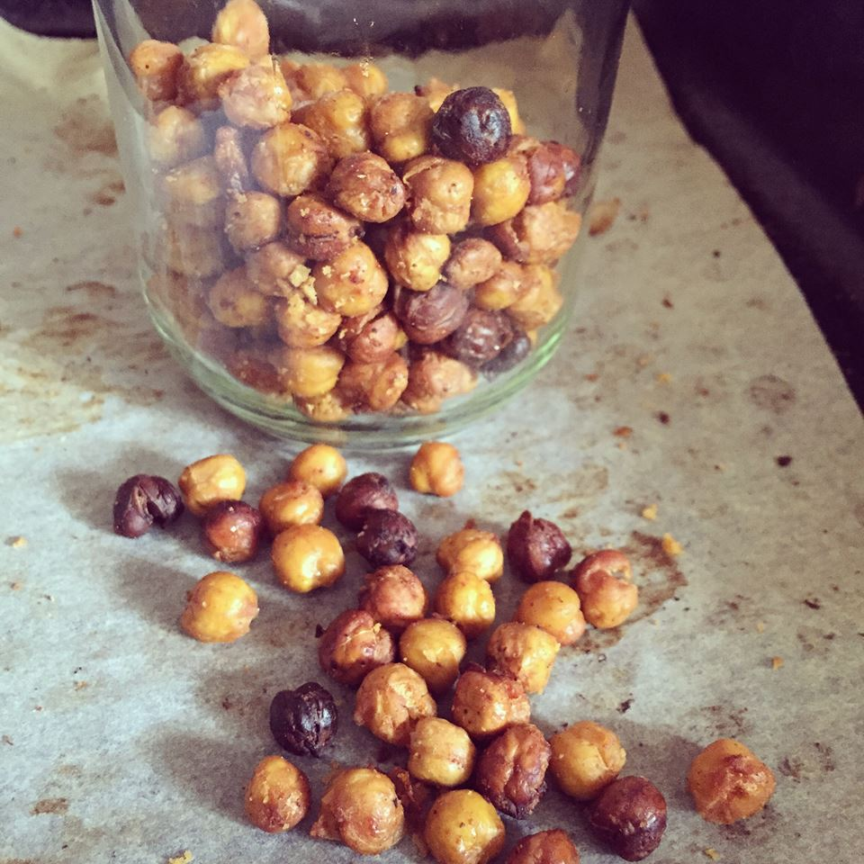 healthy roasted chickpea bites