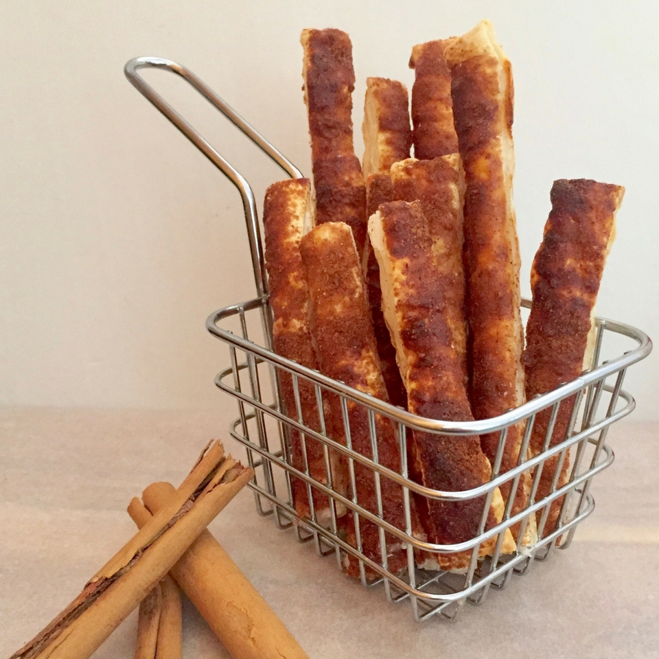 4 Ingredient Cinnamon Pastry Sticks
