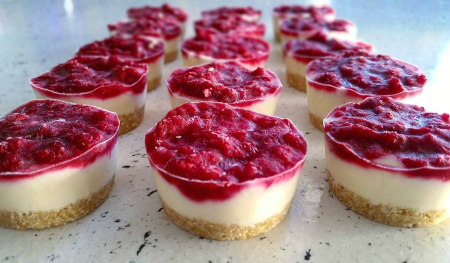 Yoghurt Berry Mini Cheesecakes