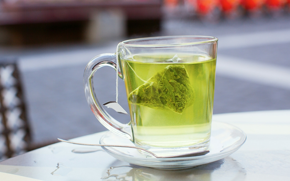 How-green-tea-helps-weight-loss