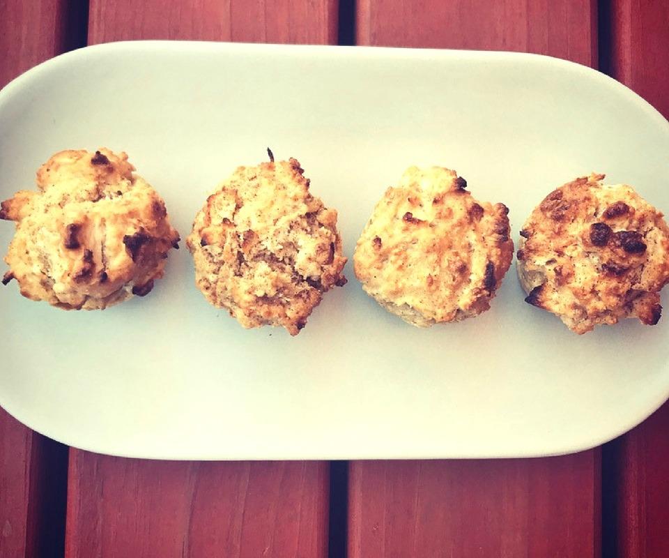 Spiced-Apple-Coconut-Mini-Muffins