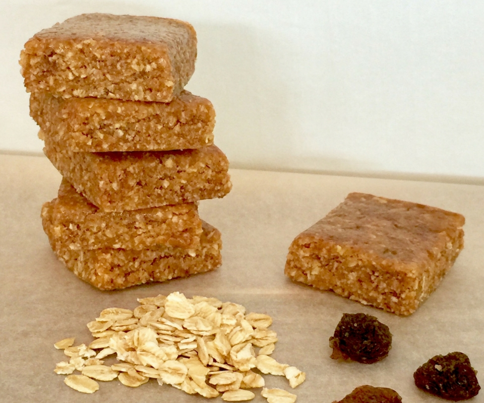 Five ingredient sultana and oat slice