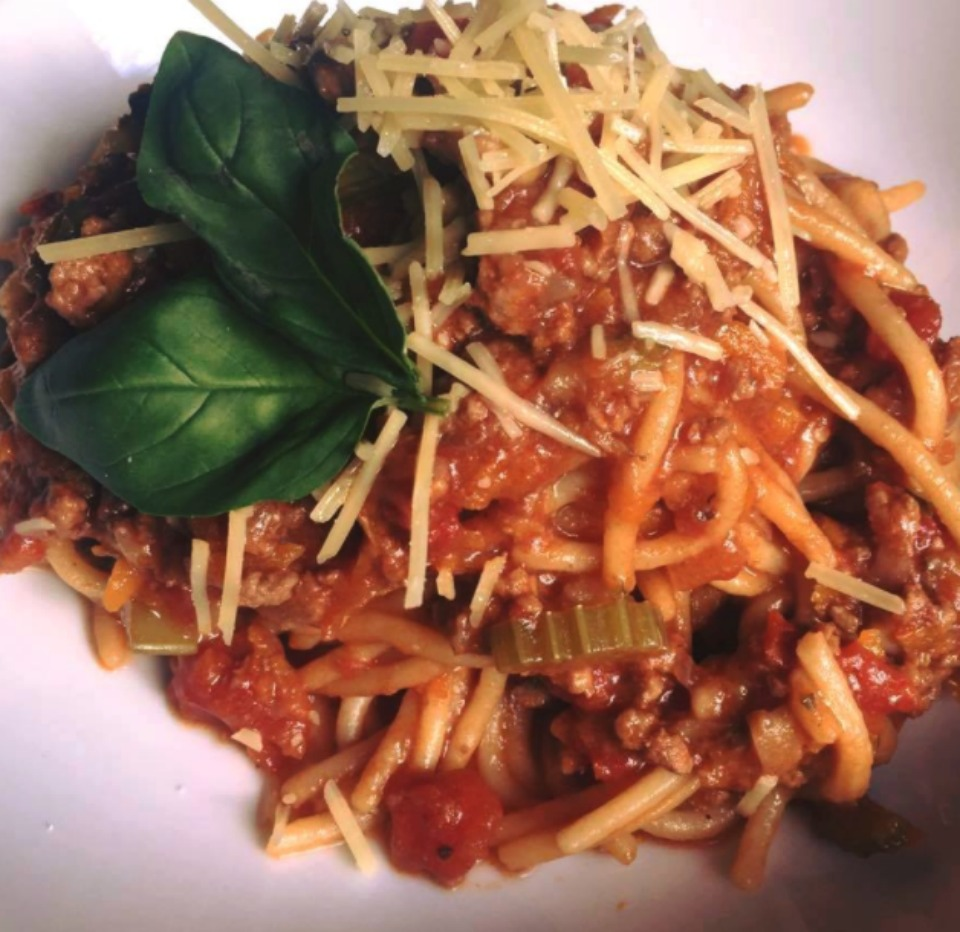 15 FANTASTIC recipes to use your leftover bolognese sauce!