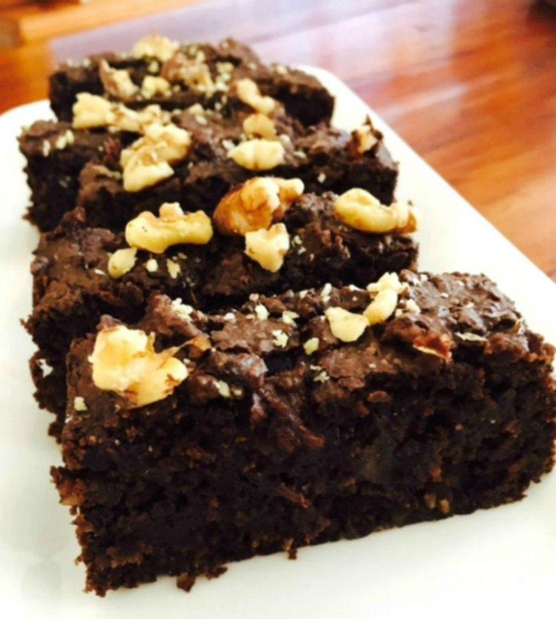Black-bean-nutty-brownies--920x1024-2