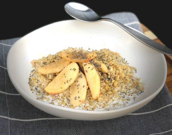 Freekeh, Cinnamon & Apple Porridge
