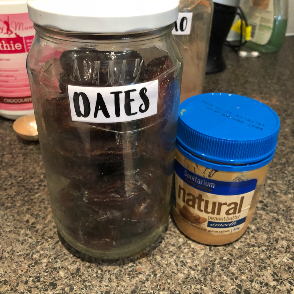 dates-and-peanut-butter